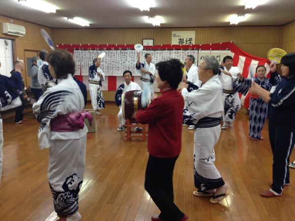 浜田市盆踊り口説き同好会の練習風景