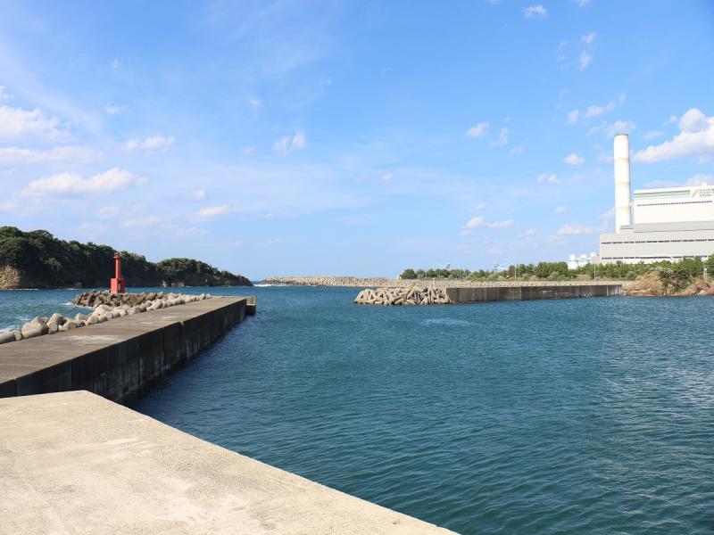 須津漁港[釣りスポット]