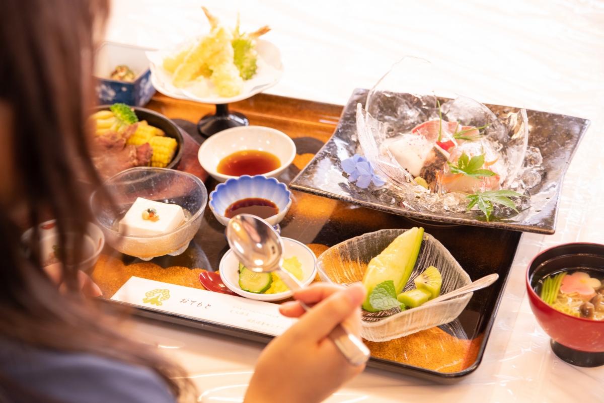 「観光大使はまだ」が行く!浜田の美味しいグルメスポット巡り【美又温泉国民保養センター「美肌食堂」編】